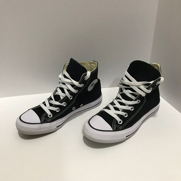 6651b3d8e6a Converse Shoes - Black Converse high tops size 4 mens